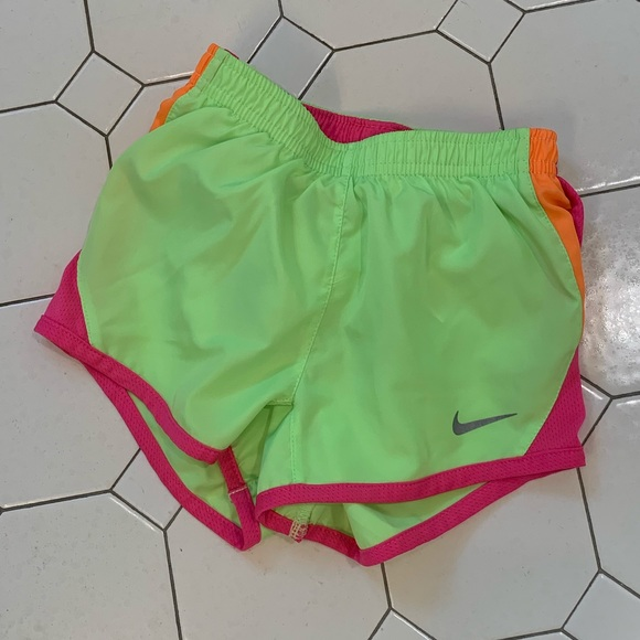 866776c1c0fc Nike Bottoms | Euc Girls Dry Tempo Running Shorts | Poshmark